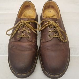 {7} 90s Vintage Doc Martens Brown Leather Oxfords